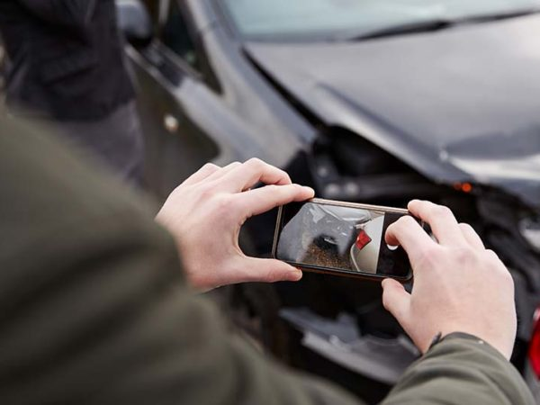 taking photos images car accident collision